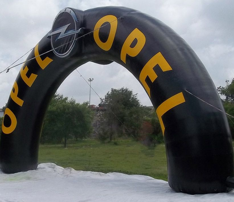 Opel Inflatable Arch
